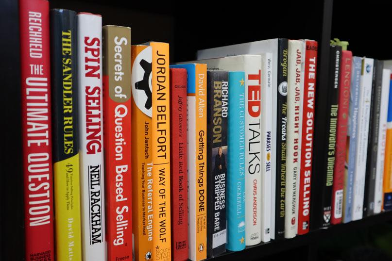 Bán sách đã qua sử dụng - cách kiếm tiền online (MMO) đơn giản